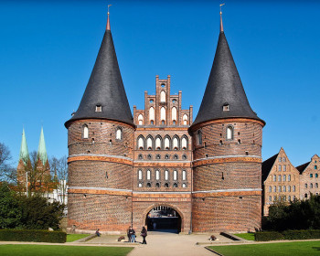 Holstentor Lübeck (Foto: Arne List, 2009 unter CC Creative Commons Lizenz https://creativecommons.org/licenses/by-sa/2.0/. Quelle: flickr)