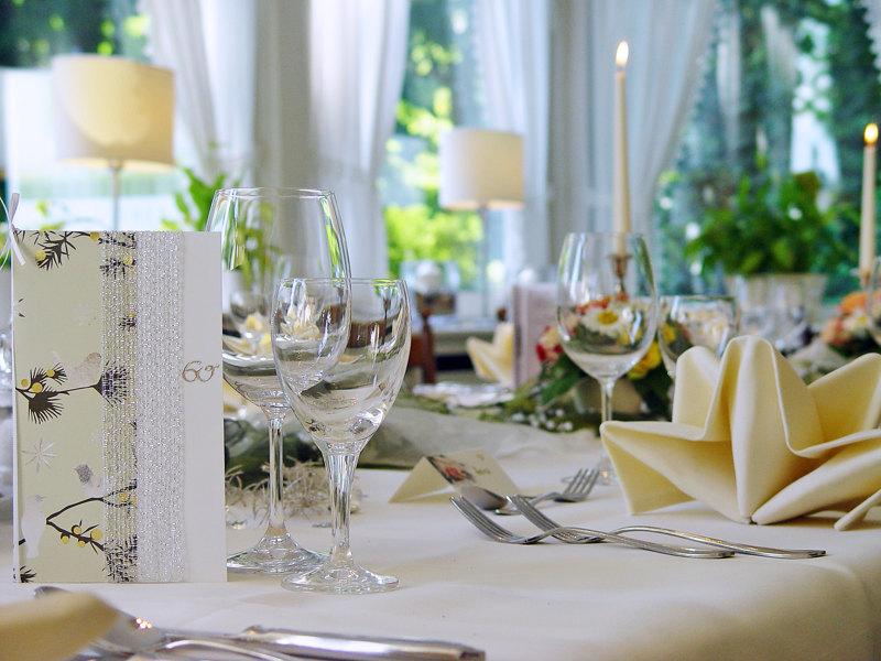 Feierlichkeiten - Waldhusen | Hotel Restaurant Apartments