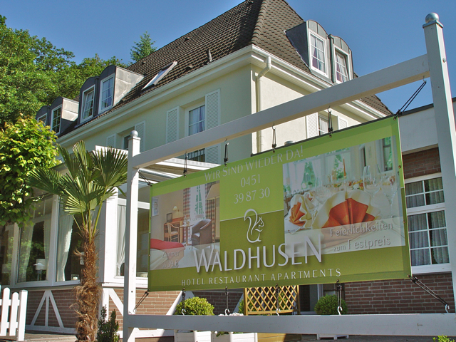 Kaffeetafel - Waldhusen | Hotel Restaurant Apartments